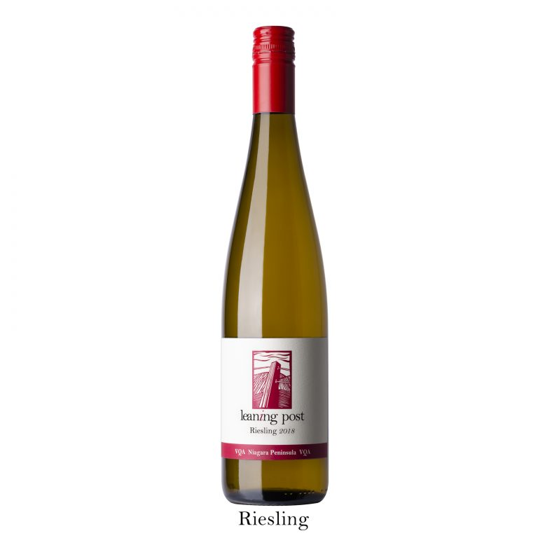 LV_LeaningPost_2018_Riesling_©TothePhoto2021_LOW