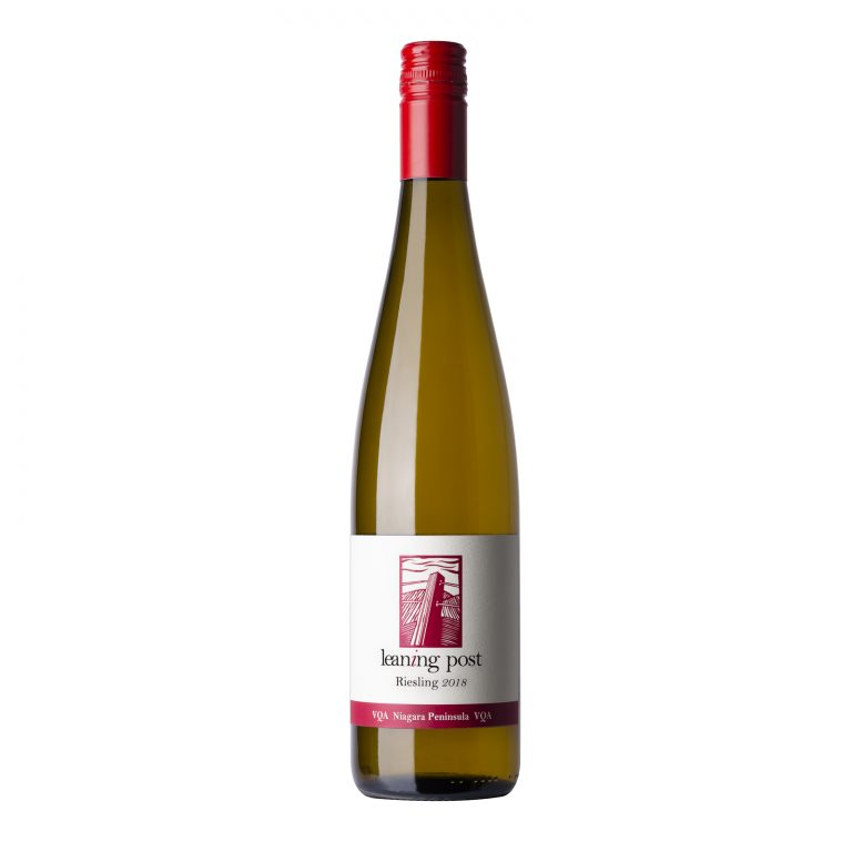 LeaningPost_2018_Riesling_©TothePhoto2021_LOW